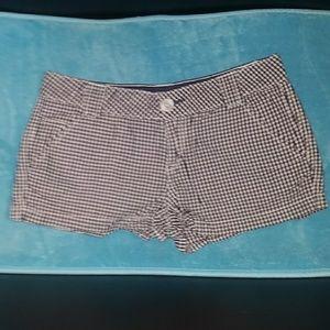 ⚘3/$15⚘ White & Blue Checkered Shorts